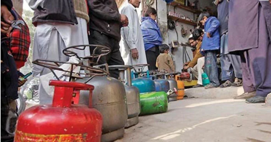 Another blow to the people afflicted by inflation, LPG is expensive 2