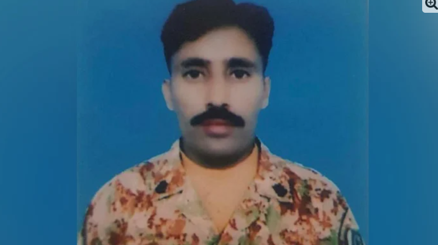 Pakistan army soldier martyred by Indian Army firing