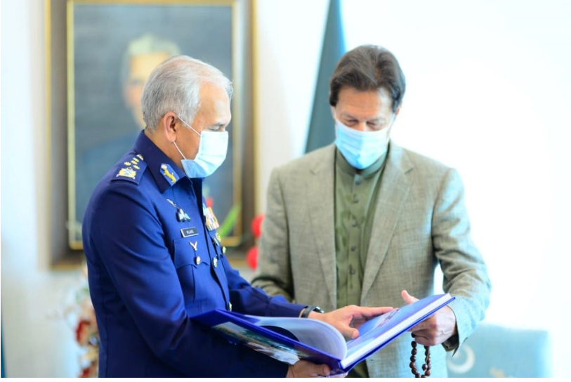 Farewell meeting of Air Chief Marshal Mujahid Anwar Khan with the Prime Minister