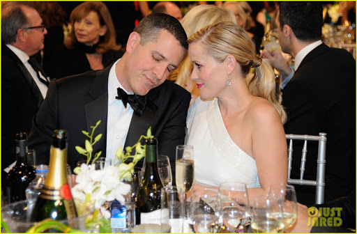 Reese Witherspoon Celebrates 10-Year Wedding Anniversary To Jim Toth