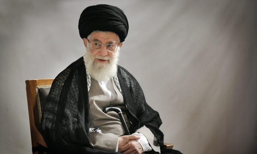 Ayatollah Khamenei Sends Condolences on Death of Lebanese Cleric Qabalan