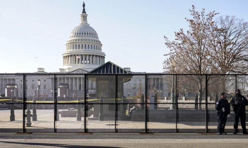 Police planning to reinstall Capitol fence ahead of rally