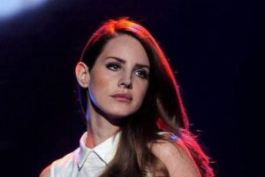 Lana Del Rey accuses Lorde of ripping off her songs on album Solar Power