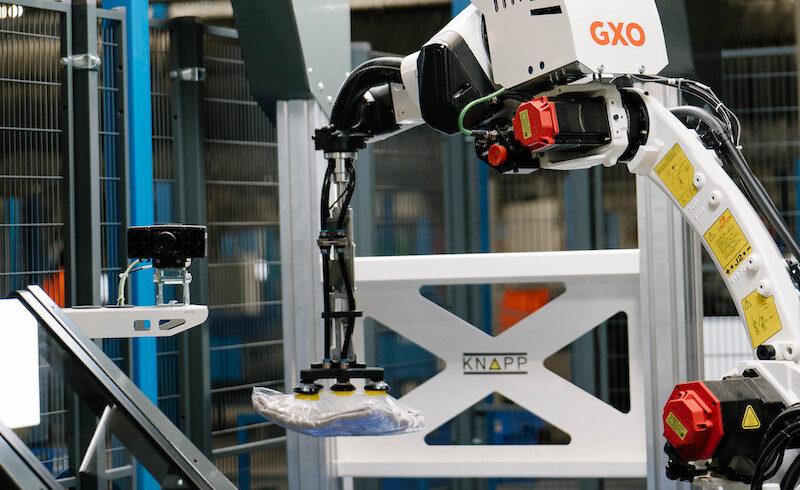 GXO pilots customised robotic arm for fashion e-commerce logistics